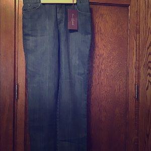 Gloria Vanderbilt brand new jeans. 14 short
